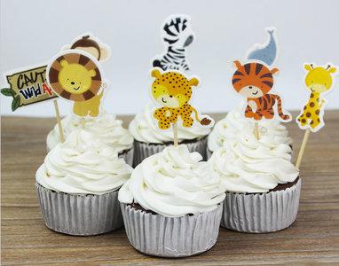 Wilde dieren stekers cake